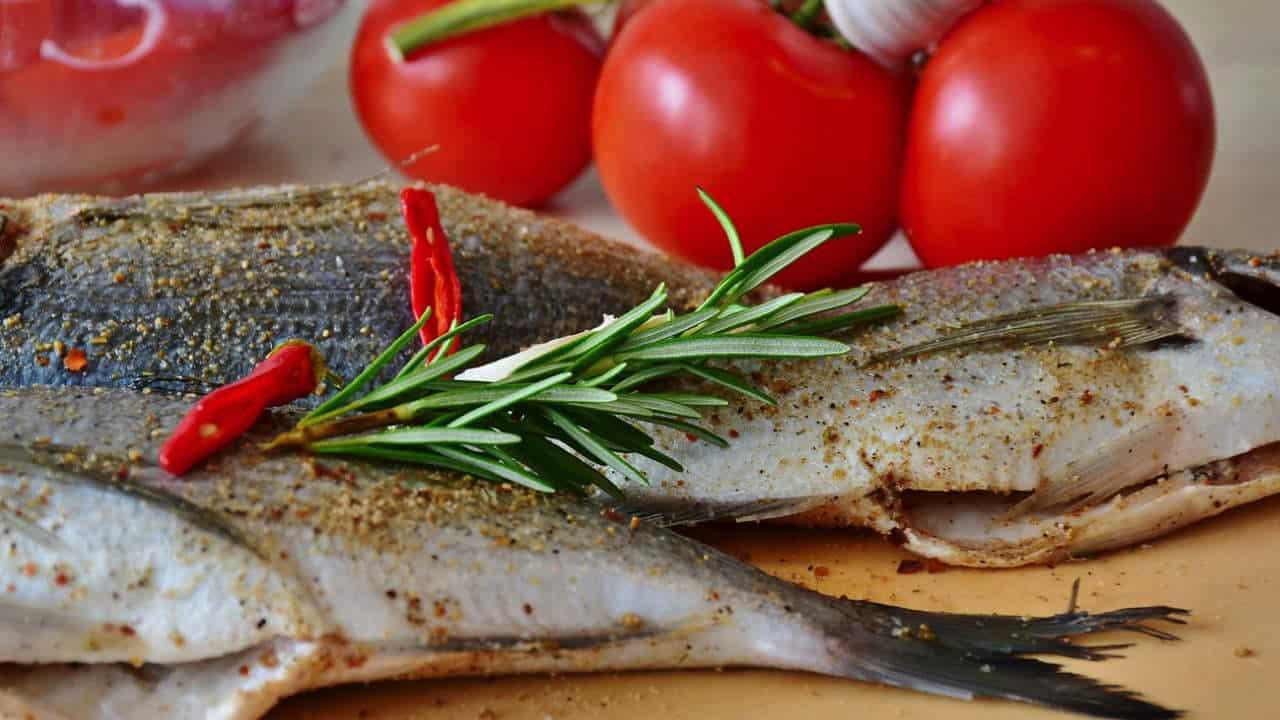 fisk på bord