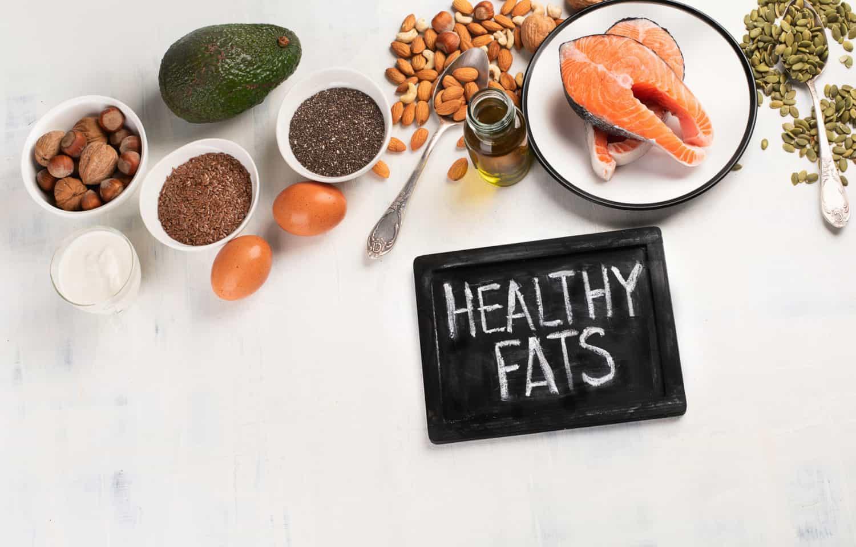 fisk, olie, mandler, avocado indeholder sunde fedtsyrer